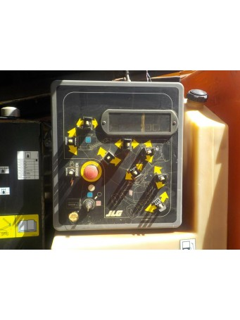 Коленчатый самоходный подъемник JLG 600 AJ