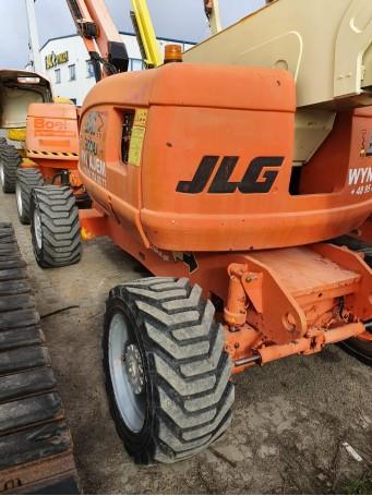 Коленчатый дизельный подъемник JLG 800 AJ